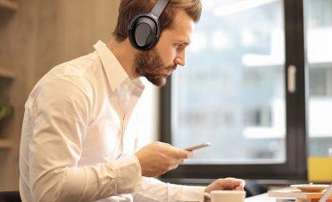 Słuchawki z aktywną redukcją szumów